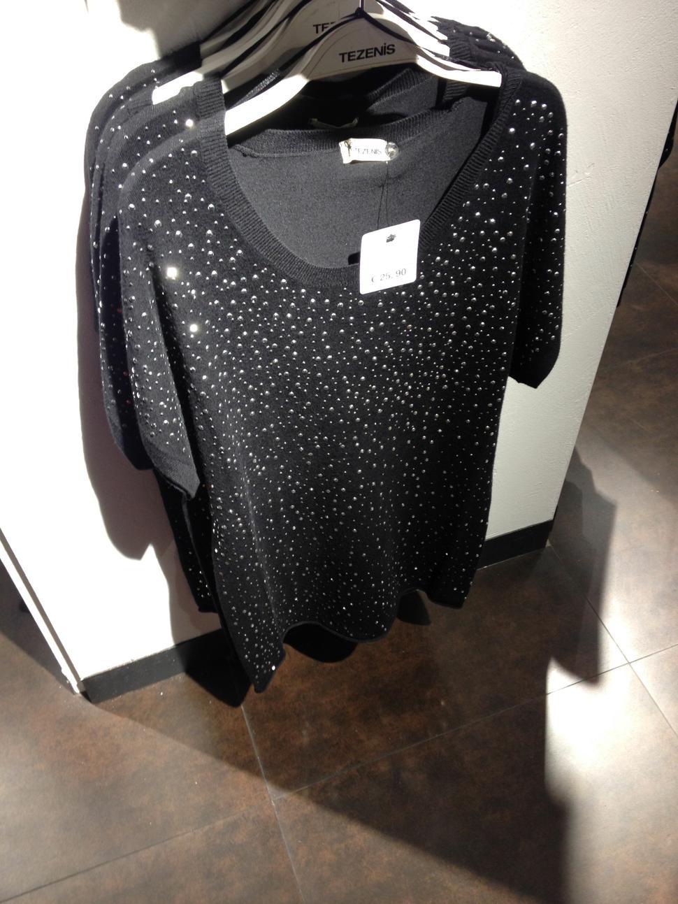 maglia nera per capodanno con strass da Tezenis