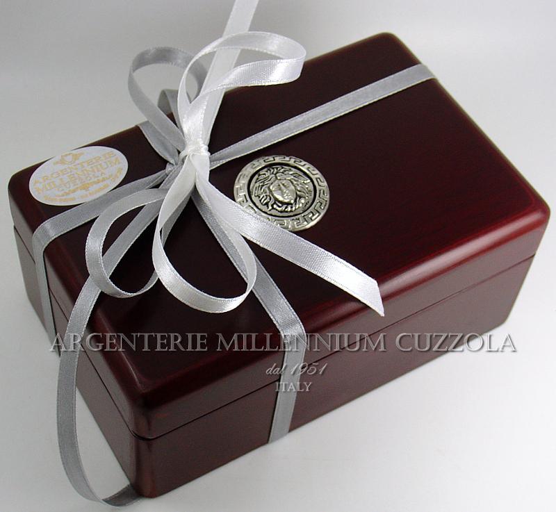 Portagioie cofanetto medusa argento magna grecia jewelry for Regali per venticinquesimo