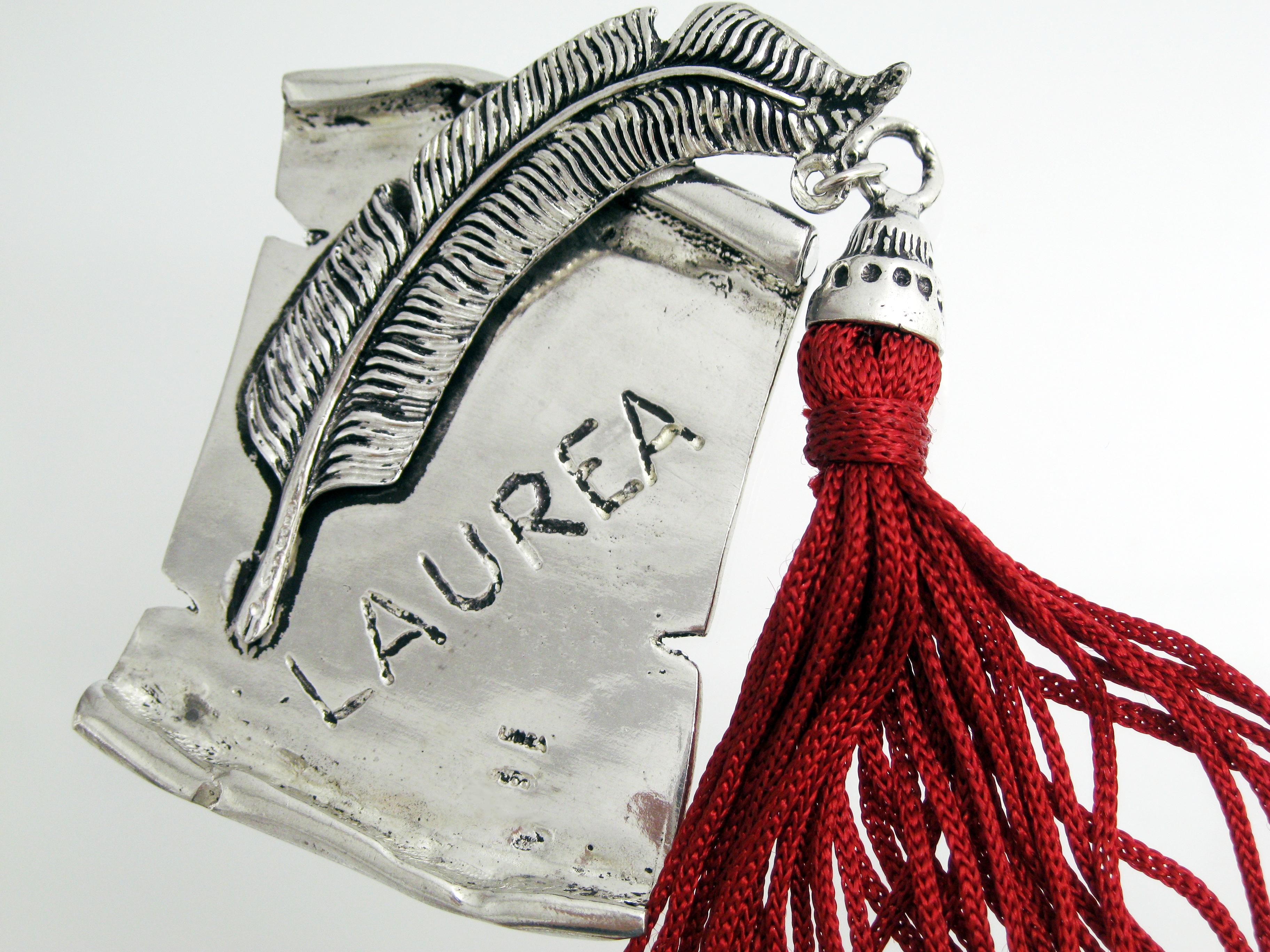 Bomboniere argento laurea pergamena penna piuma scritta for Laurea in design